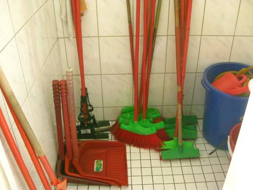20150917學生校園廁所清潔示範活動