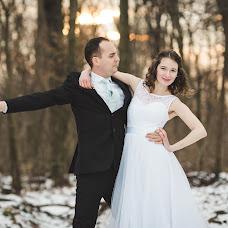 Wedding photographer Timót Matuska (timot). Photo of 12.02.2018