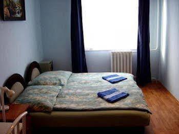 Apartment 4 You