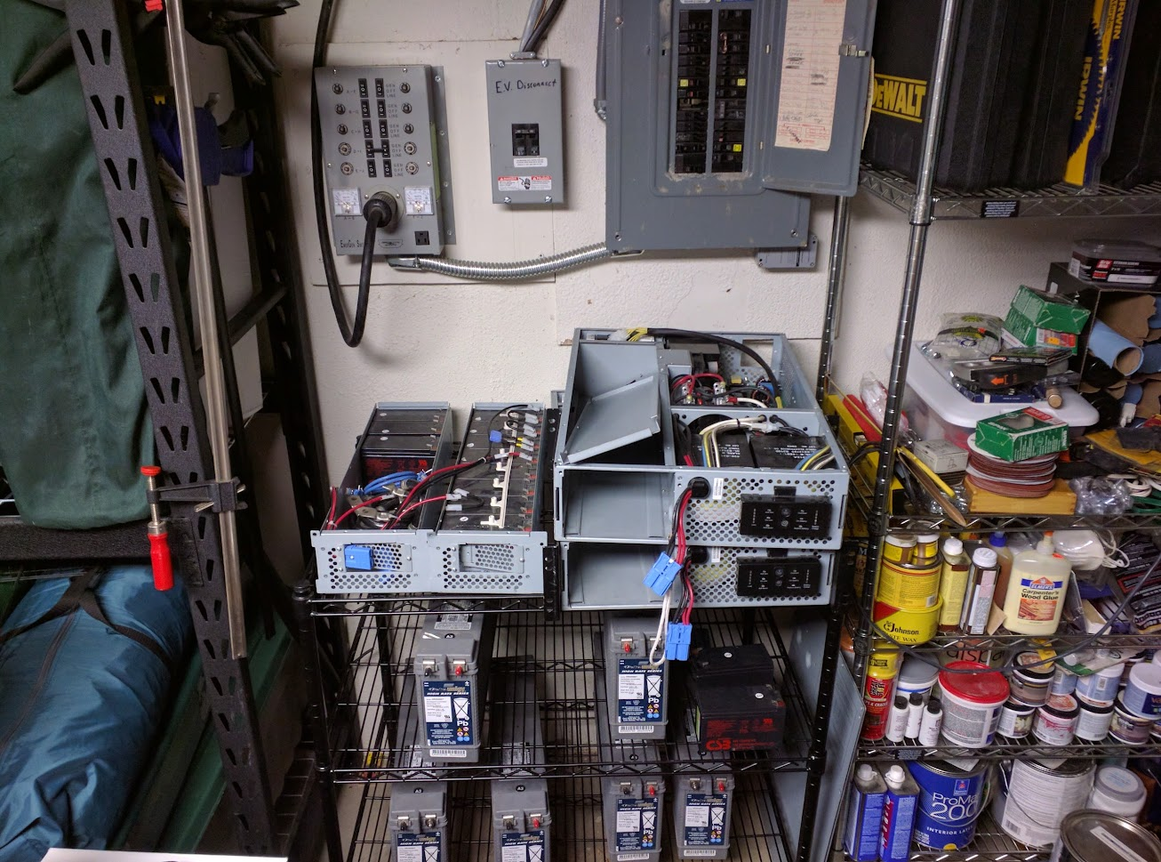 Up 2 100 Watt Panels Mppt Controller Wiring And Mounting Feet For