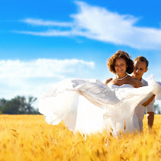 Wedding photographer Kirill Rudenko (rudenkokirill). Photo of 12.06.2014