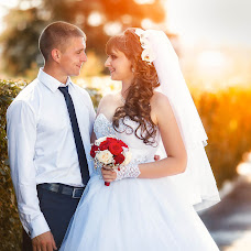 Wedding photographer Olesya Grosheva (FoxVenomal). Photo of 21.08.2016