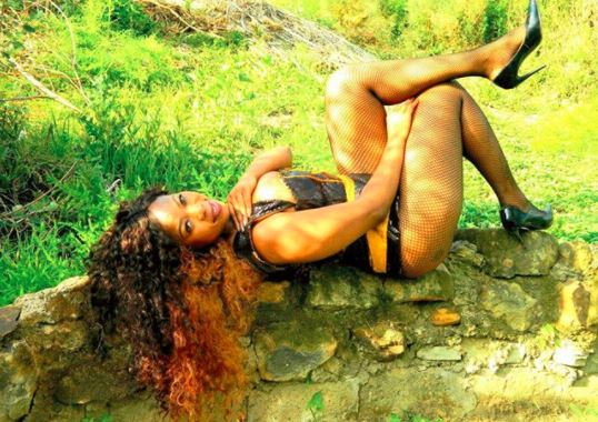 Skolopad did another nude photoshoot post her accident.