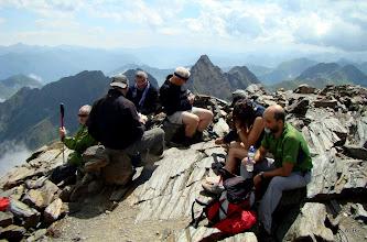 Photo: Reponiendo fuerzas en la cumbre,