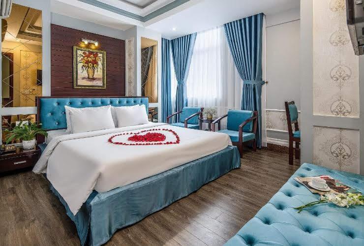 Phòng khách sạn Combo Đà Nẵng