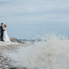 Wedding photographer Elena Osikova (osikovaphoto). Photo of 10.08.2015