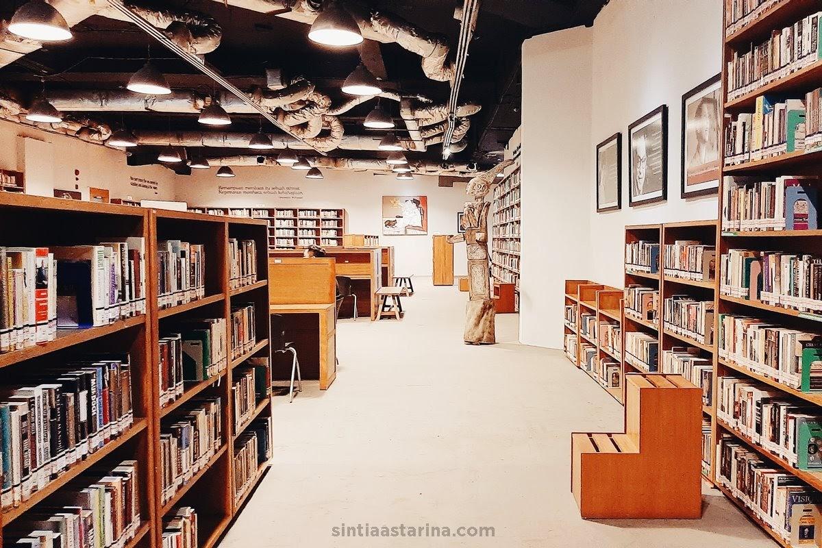 perpaduan etnik dan modern di Perpustakaan Freedom Institute