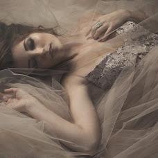 Wedding photographer Nataliya Moiseeva (airinnat). Photo of 24.10.2016