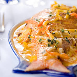 Pescado con Coco Recipe (Fish in Coconut Sauce).