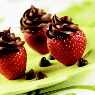 Inside-Out Chocolate Strawberries