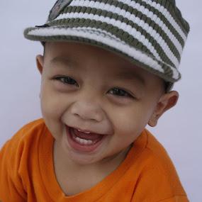 by Dahlia Putri - Uncategorized All Uncategorized ( baby boy, little boy, baby portrait, cute baby, smile )