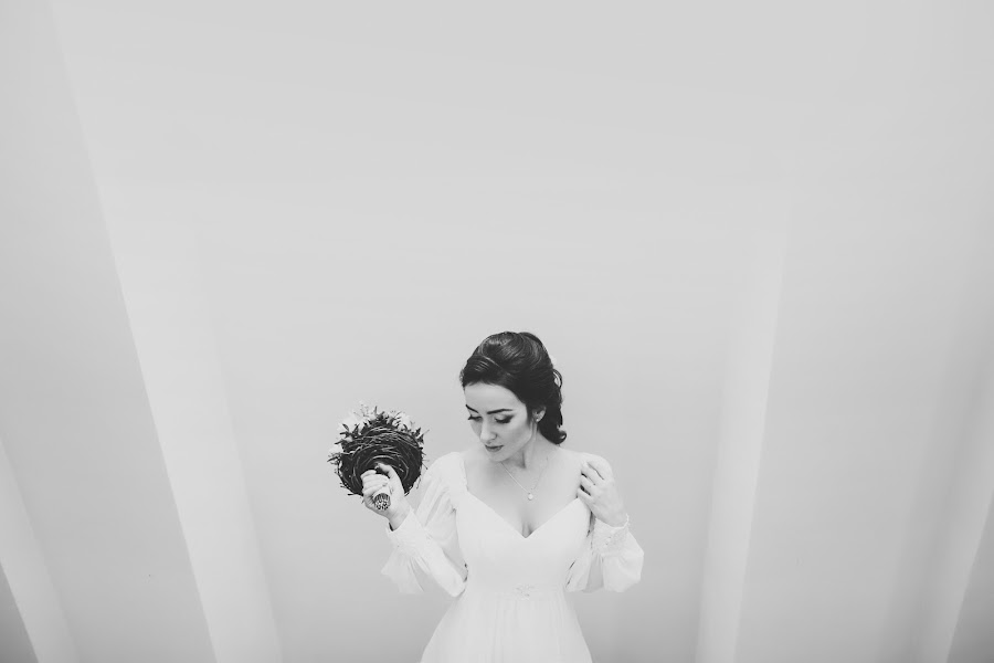 Wedding photographer Yuliya Smolyar (bjjjork). Photo of 09.02.2015