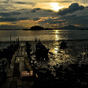 Hope in Darkness by Keat how Teow - Landscapes Weather
