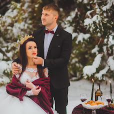 Wedding photographer Nadezhda Anton (nadyaanton95). Photo of 19.02.2018