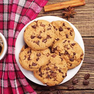 Quinoa Chocolate Chip Cookies (Gluten-Free, Egg-Free)
