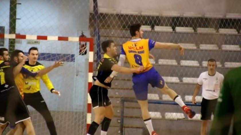 Nuestro máximo representante de balonmano masculino se enfrentará a Corazonistas.