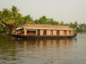 Photo: Les Houseboats des Backwaters dans le Kérala