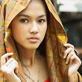 my own veil by Arrahman Asri - People Fashion ( fashion, woman, beauty, veil, people, portrait )