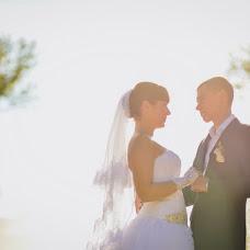 Wedding photographer Vladimir Yakovenko (Schnaps). Photo of 19.02.2014