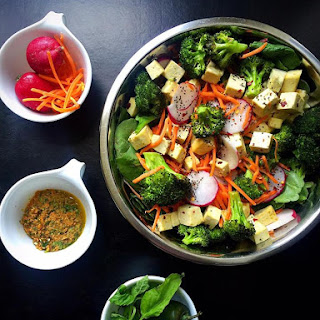 Vegan Spicy Sabzi Salad {Sweetgreen Copycat!}.