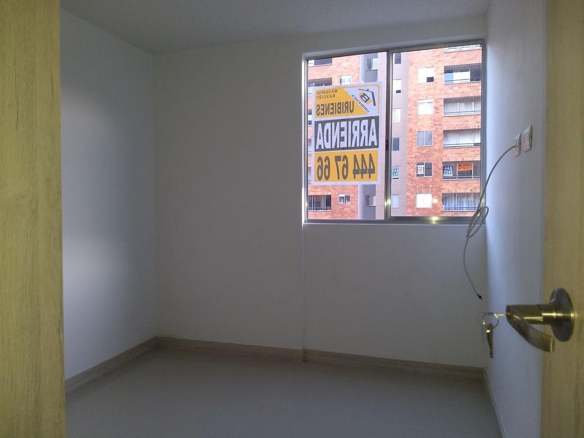 apartamento en arriendo caba�?�?as 691-7784