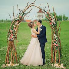 Wedding photographer Ekaterina Shestakova (Martese). Photo of 14.08.2017