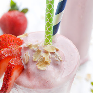 Strawberry Oatmeal Flax Smoothie.