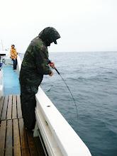 Photo: よくヒットします! あっ! 水面でポロリ。残念!なかなかのサイズでしたけど・・・。