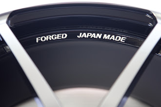 Photo: [PORSCHE BOXTER] YOKOHAMA AVS MODEL F50 フロント:9J×20 5H130 ET53 リア:10.5J×20 5H130 ET40  有限会社エバーグリーンコーポレーション http://www.ac.auone-net.jp/~ever_g/index.html