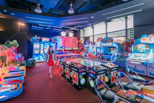 Fat Cat Arcade Has Free Tokens For Up To 8 Games, Join Their Treasure Hunt & Win