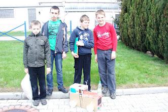 Photo: Chłopaki z 5 kl. i ich ekologiczny wóz
