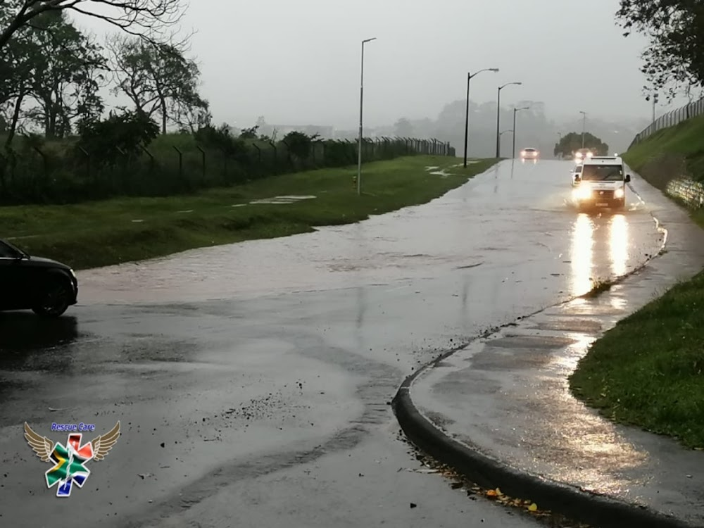 WATCH | Durban highway floods as the city is lashed by heavy rain - TimesLIVE