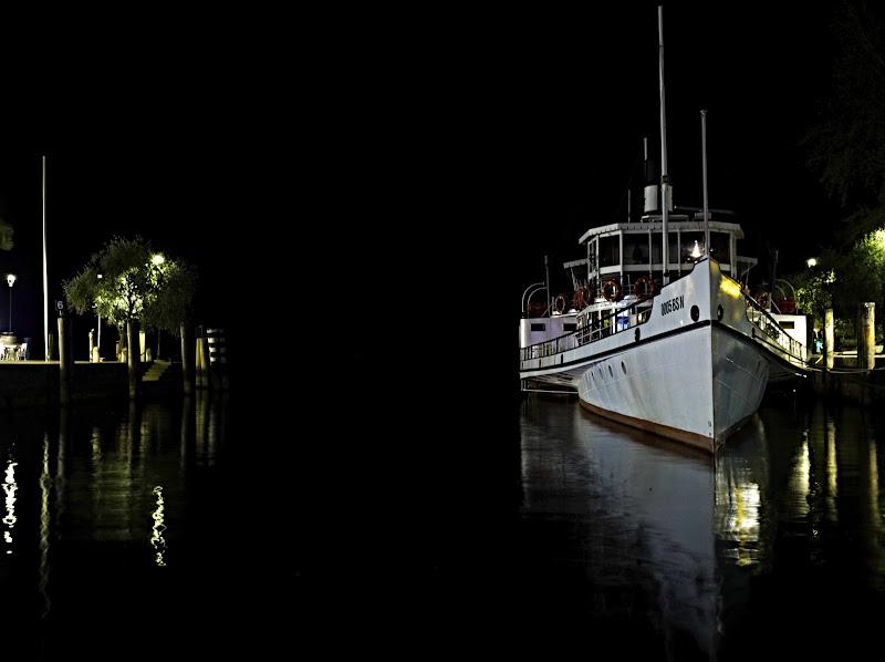 dark.reflexes.boat di Menegatti