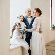 Wedding photographer Alena Kurbatova (alenakurbatova). Photo of 16.12.2017