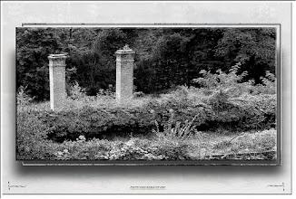 Foto: 2012 10 08 - P 181 E - Graben und Kamine