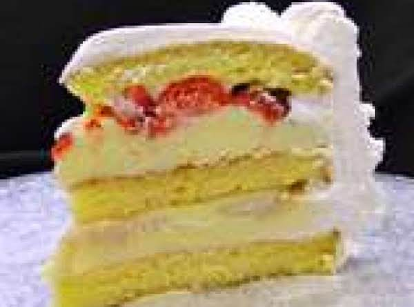 Strawberry Banana Cream Cake Recipe