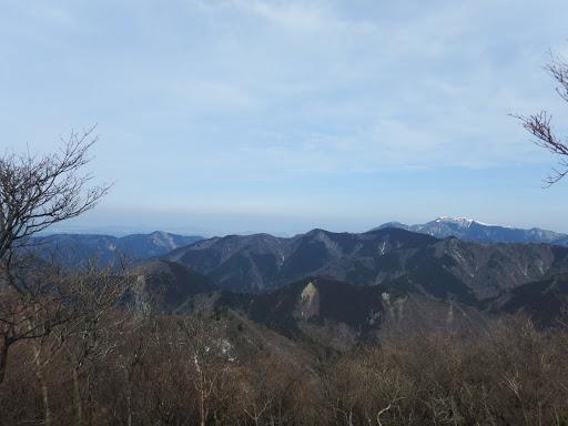 琵琶湖方面(右に綿向山)