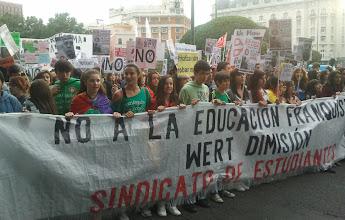 Photo: Madrid, pancarta del Sindicato de Estudiantes
