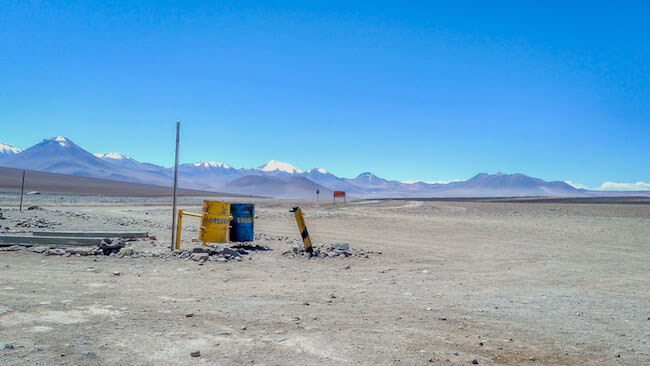 stuck+chile+border+bolivia+south+america.jpg