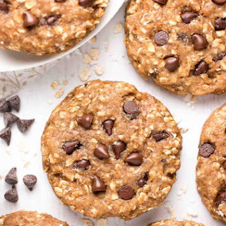 Healthy Chocolate Chip Peanut Butter Oatmeal Breakfast Cookies.