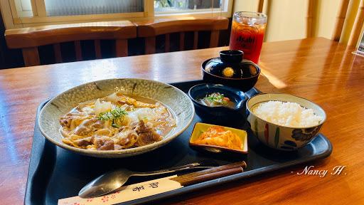 非常道地的日式料理,環境舒服,餐點很好吃,也很平價👍🏻