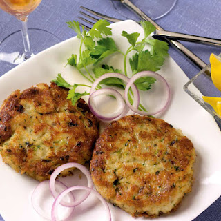 Crab Cakes with Cabot Horseradish Cheddar
