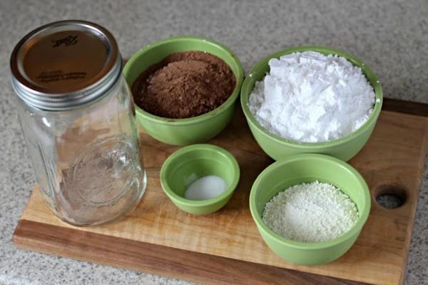 Mix all ingredients together and store in an airtight container.