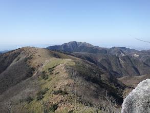 岩場から後方の眺め