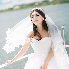 Wedding photographer Kseniya Ceyner (ksenijakolos). Photo of 02.08.2017