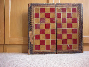 Photo: CH13; English wooden, leather-covered  board; Victorian; 1.75in squares