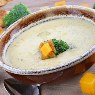 Extra Cheesy Broccoli Soup