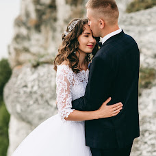 Wedding photographer Lesya Lupiychuk (Lupiychuk). Photo of 04.10.2017