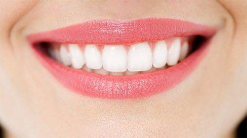 Tẩy trắng răng có ê buốt không do yếu tố nào quyết định?