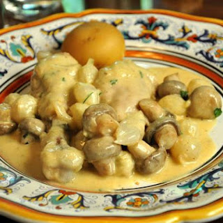 Chicken with White Wine Tarragon Cream Sauce